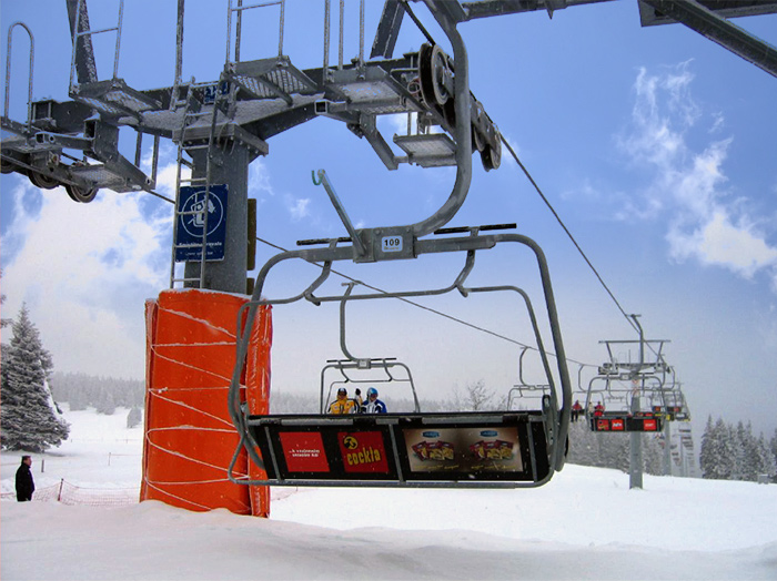 Advertising at ski resorts | Sms Marketing d.o.o. | Advertisements on cable cars