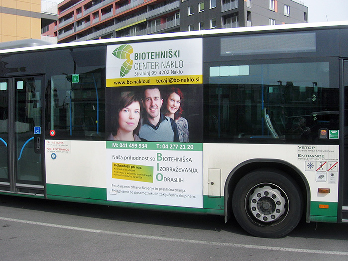 Advertising on buses in Slovenia | Sms Marketing d.o.o. | Advertisement on the left side of the bus - Biotehniski center Naklo