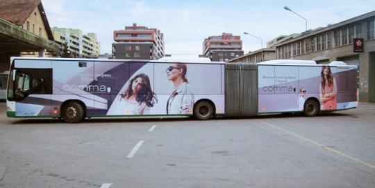 Oglaševanje na avtobusih   Sms Marketing d.o.o.   Oglas na avtobusu - celi avtobus - Comma