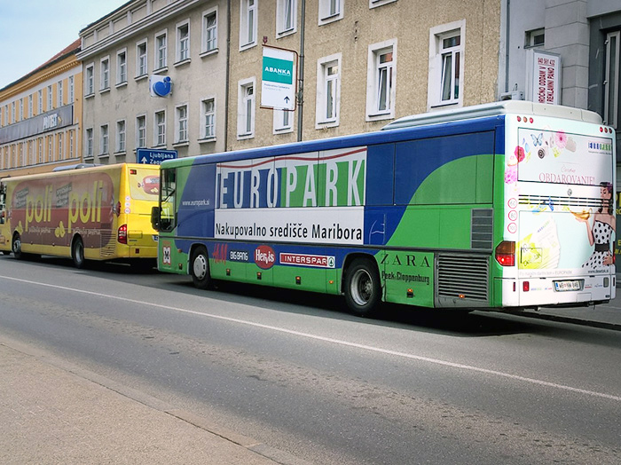 Advertising on buses in Slovenia | Sms Marketing d.o.o. | advertisement on a bus - entire bus - Europark