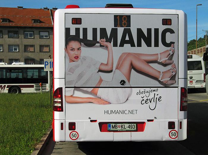 Werbung an Bussen | Sms Marketing d.o.o. | Werbung am hinteren Teil des Busses – Humanic