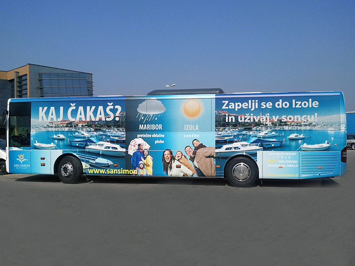 Advertising on buses in Slovenia | Sms Marketing d.o.o. | advertisement on a bus - entire bus - Izola