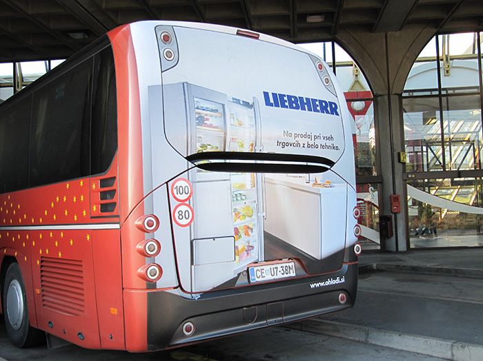 Advertising on busses in Slovenia | Sms Marketing d.o.o. | Advertisement on the back side of the bus - Liebherr
