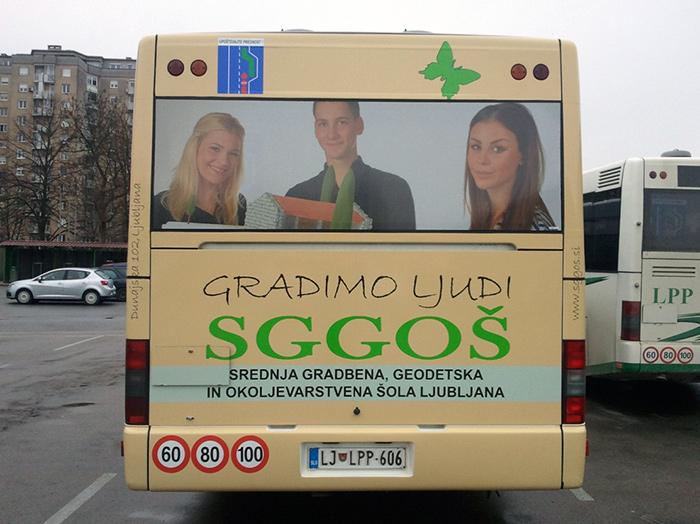 Oglaševanje na avtobusih | Sms Marketing d.o.o. | Oglas na zadnjem delu avtobusa - Sggos
