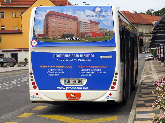 Oglaševanje na avtobusih | Sms Marketing d.o.o. | Oglas na zadnjem delu avtobusa - Prometna sola Maribor