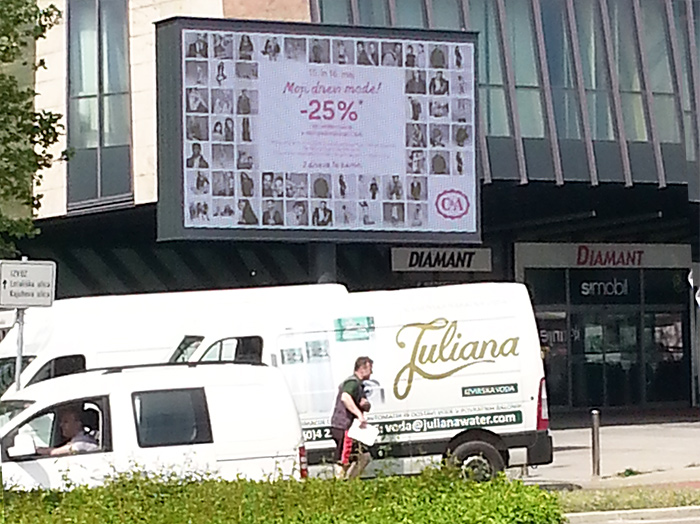 Advertising on outdoor advertising surfaces in Slovenia | Sms Marketing d.o.o. | Advertisement on a digital display - C&A